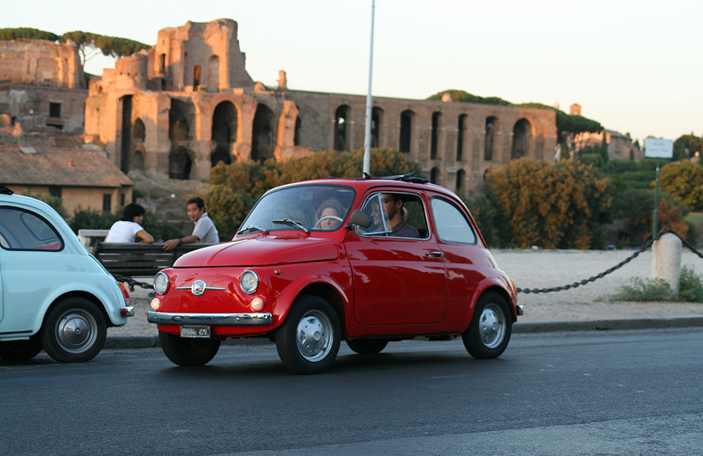 fiat 500 guided tour of rome. Black Bedroom Furniture Sets. Home Design Ideas