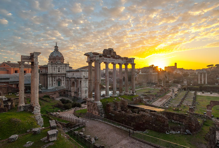 Tour di Roma all'alba